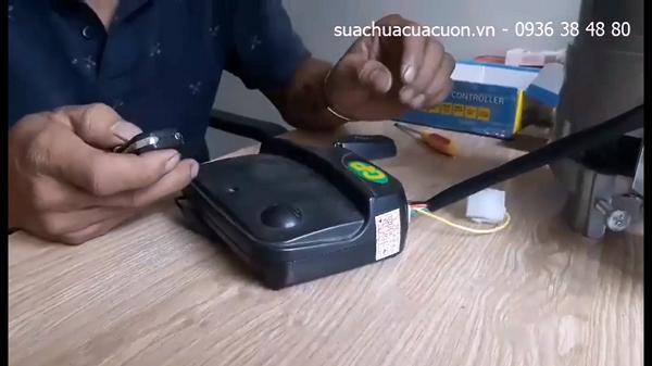 Video hướng dẫn cách gạt mã sóng hộp nhận cửa cuốn